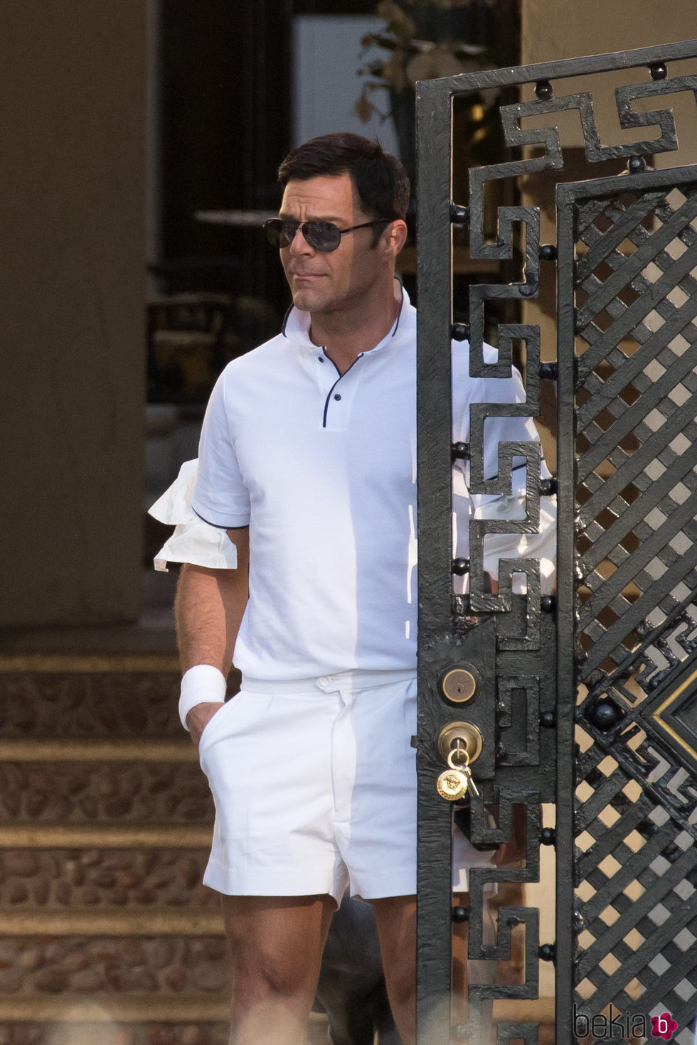 Ricky Martin vestido como Antonio D'Amico para 'American Crime Story'