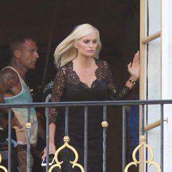 Penélope Cruz vestida como Donatella Versace