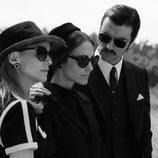 Marta Hazas, Paula Echevarría y Javier Rey en el rodaje de 'Velvet Colección'