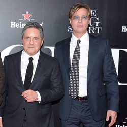 Brad Grey y Brad Pitt en la premiere de 'The Big Short'