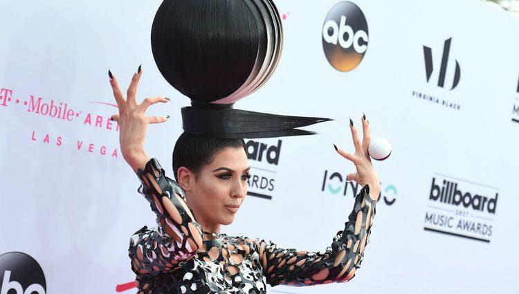 Z LaLa y su extravagante peluca en los Billboard Music 2017
