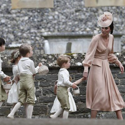 Kate Middleton riñe a los pajes de la boda de Pippa Middleton y James Matthews por las travesuras del Príncipe Jorge