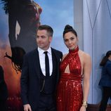 Chris Pine y Gal Gadot en el estreno de 'Wonder Woman' en Los Angeles