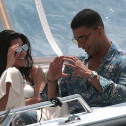 Kourtney Kardashian con su nueva pareja Younes Bendjima