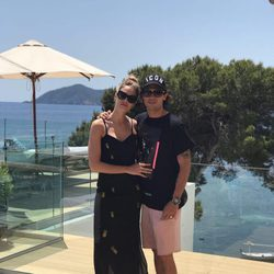 Jessica Bueno y Jota Peleteiro celebrando su segundo aniversario de boda en Ibiza