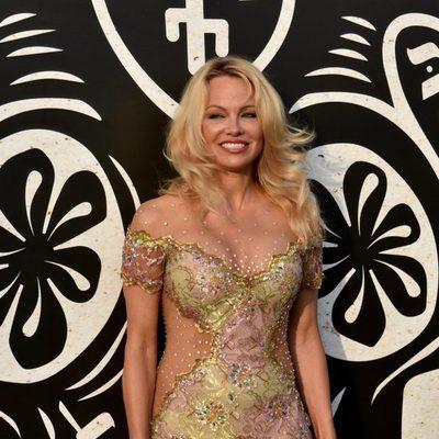 Pamela Anderson en la inauguración del chiringuito 'Playa Padre' en Marbella