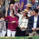 La Infanta Elena y sus hijos en los toros en Aranjuez