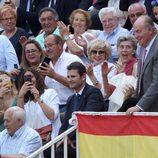 El Rey Juan Carlos, aclamado en una corrida de toros en las Ventas