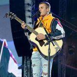 El cantante Justin Bieber se emociona en el concierto One Love Manchester