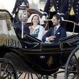 Carlos Felipe de Suecia y Sofia Hellqvist en el Día Nacional de Suecia 2017