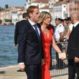 Álex Fernández y su novia en la boda de Morata y Campello en Venecia