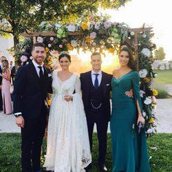 Pilar Rubio y Sergio Ramos con Lucas Vázquez y Macarena Rodríguez el día de su boda