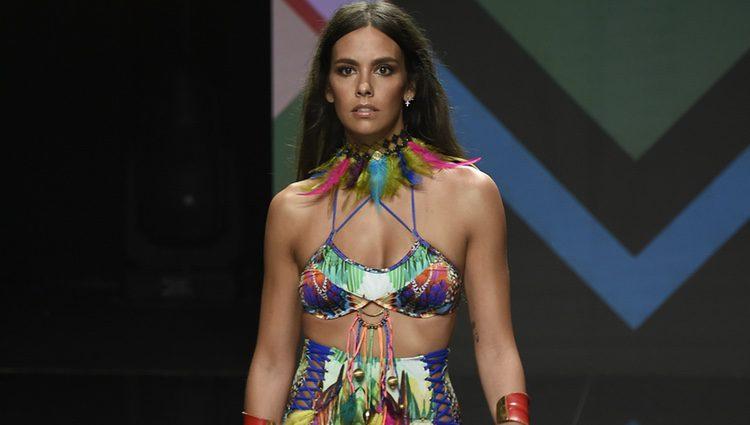 Cristina Pedroche desfilando en la pasarela de Moda Cálida de Gran Canaria