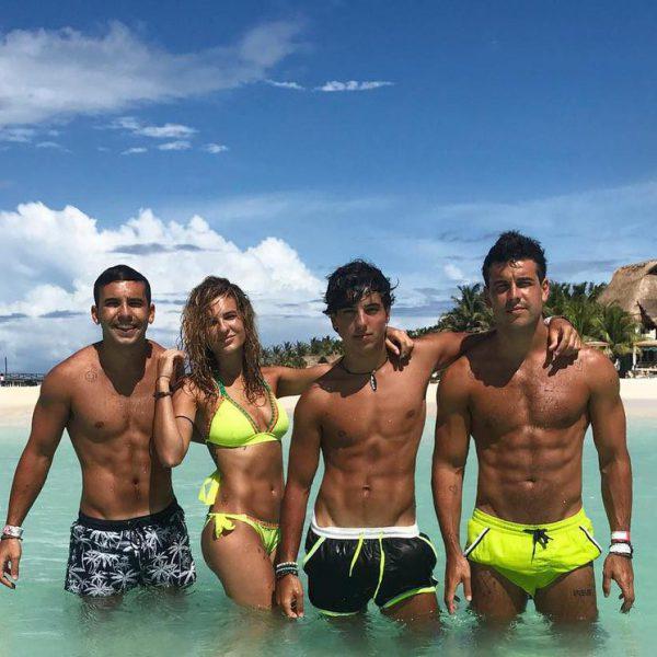 Los hermanos Casas disfrutando de unas vacaciones en México