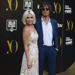 Ana Fernández y Adrián Roma en los Premios Yo Dona Internacional 2017