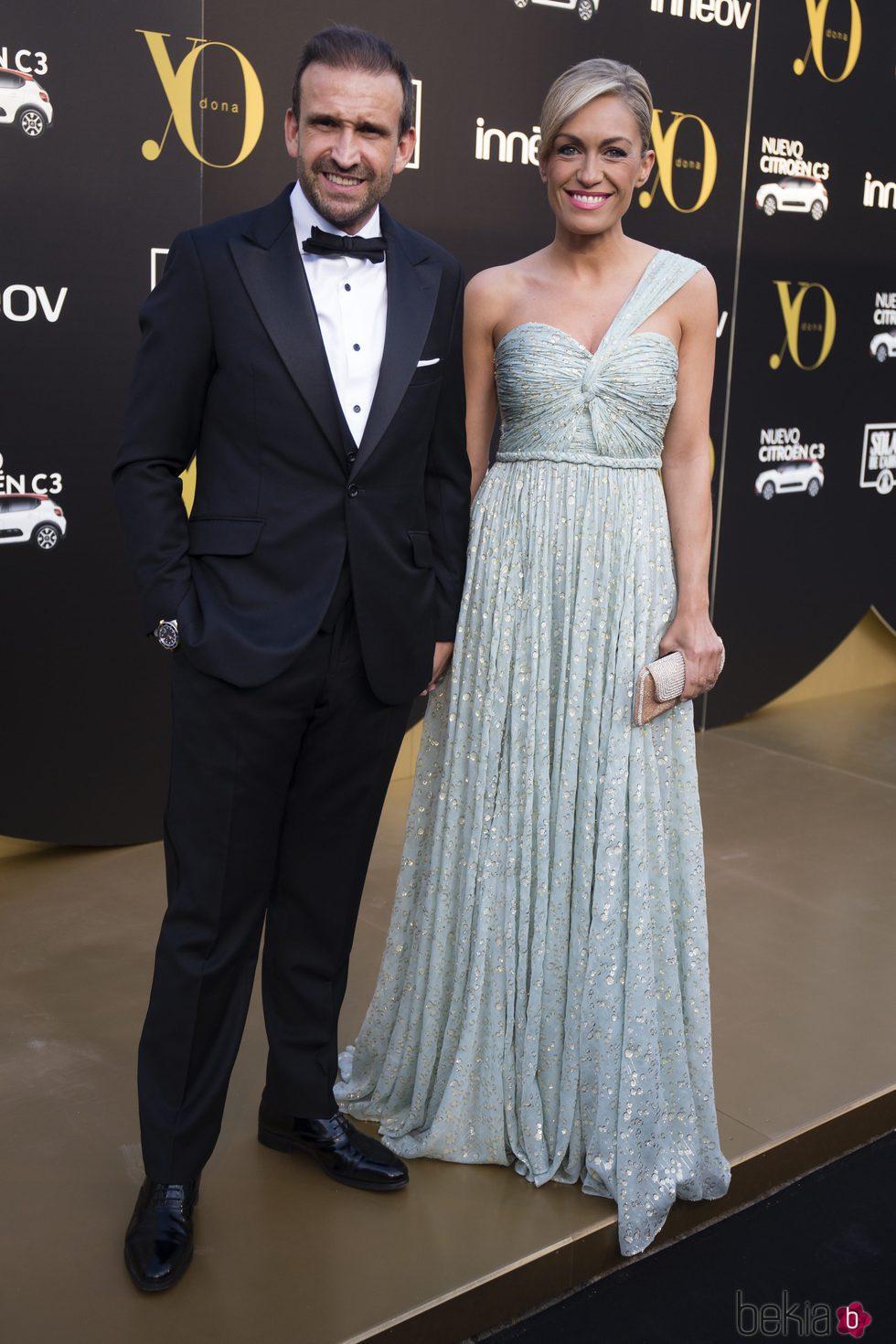 Luján Argülles y Carlos Sánchez en los Premios Yo Dona Internacional 2017