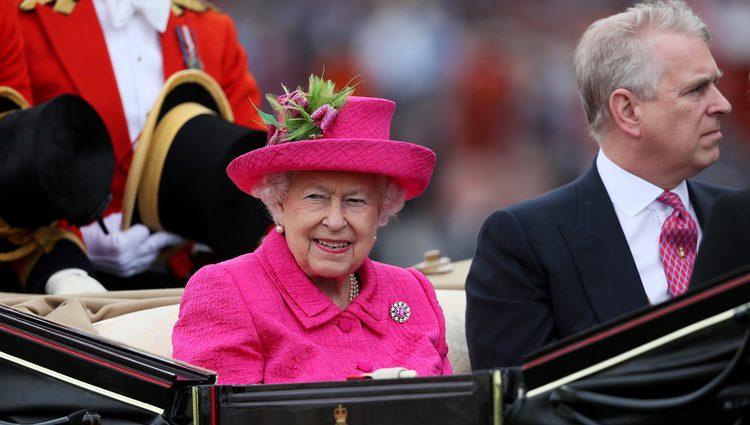 La Reina Isabel y el Duque de York en Ascot 2017