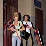 Belén Esteban saliendo de su casa de San Blas con Toño Sanchís