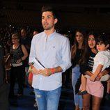 Alejandro Albalá llegando al concierto de Isabel Pantoja en Sevilla