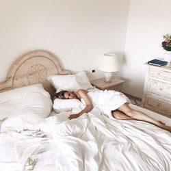 Edurne muy sensual fotografiada por De Gea