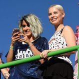 Barei y Soraya Arnelas en la cabalgata del World Pride 2017