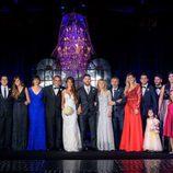 Leo Messi y Antonella Roccuzzo con muchos de los invitados a su boda