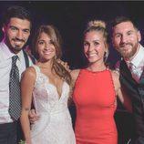 Luis Suárez y Sofía Balbi en la boda de Antonella Roccuzzo y Leo Messi