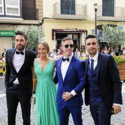 Dani Martínez, Iker Muniain, su pareja Andrea Sesma y Canco Rodríguez en la boda de Sergio Llul y Almudena Cánovas