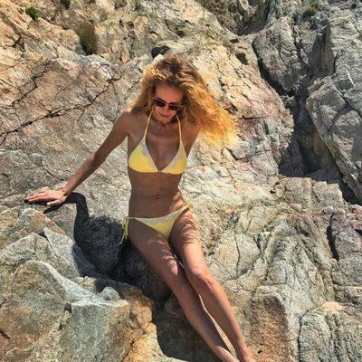 Paula Vázquez presumiendo de cuerpo en la playa