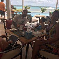 Leo Messi y Antonella Roccuzzo, de luna de miel con sus hijos
