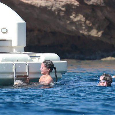 Michael Fassbender y Alicia Vikander disfrutando unos días en Formentera