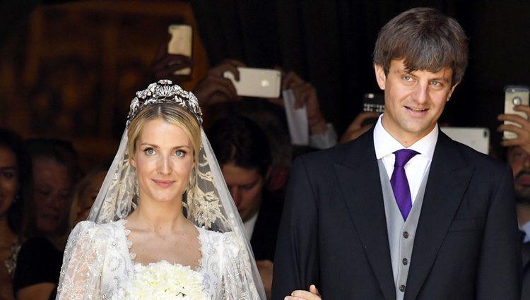 Ernst August de Hannover y Ekaterina Malysheva recién casados por la iglesia