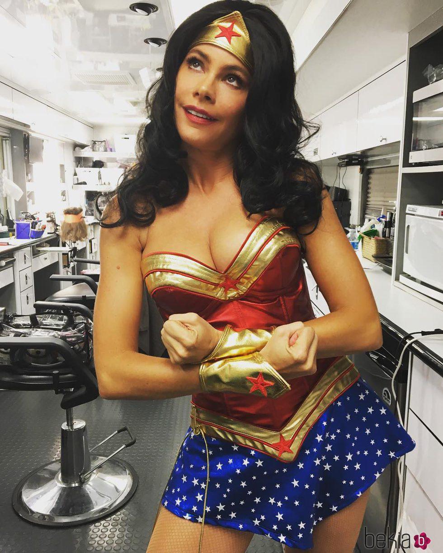 Sofía Vergara disfrazada de Wonder Woman