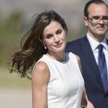 La Reina Letizia, melena al viento en la despedida en Madrid antes de su Viaje de Estado a Reino Unido