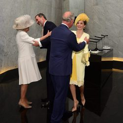 El Príncipe Carlos y Camilla Parker reciben a los Reyes Felipe y Letizia con motivo de su Viaje de Estado a Reino Unido