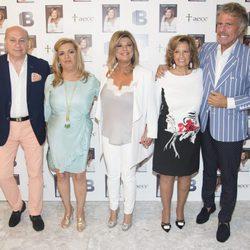 Terelu Campos junto a su hermana Carmen, su madre María Teresa Campos y las parejas de ambas en la presentación de su libro