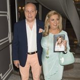 Carmen Borrego y su marido en la presentación del libro de Terelu Campos