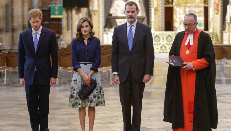 El Príncipe Harry y los Reyes Felipe y Letizia rinden homenaje a los Caídos en la Abadía de Westminster