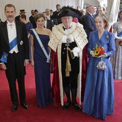Los Reyes Felipe y Letizia con el Alcalde de la City y su mujer en Guildhall