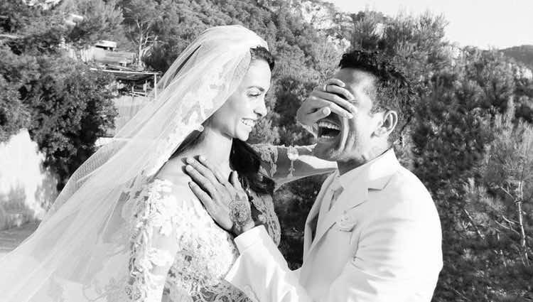 Dani Alves y Joana Sanz el día de su boda