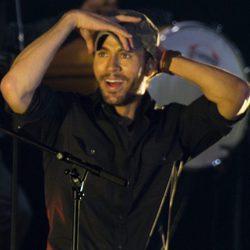 Enrique Iglesias durante su concierto en Santander