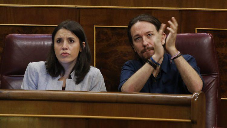 Irene Montero y Pablo Iglesias durante una sesión del Gobierno