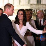 El Príncipe Guillermo y Kate Middleton en el Museo del Levantamiento de Varsovia