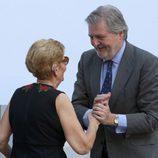 Iñigo Méndez de Vigo y la madre de David Delfín, María González Corbacho