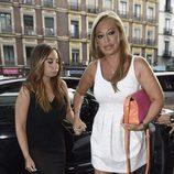 Belén Esteban y Andrea Janeiro llegando a la discoteca de la fiesta de cumpleaños