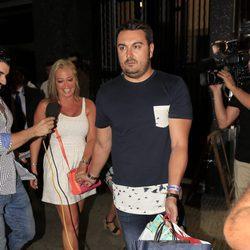 Belén Esteban con Miguel en el cumpleaños de Andrea Janeiro