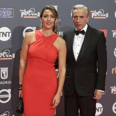 Imanol Arias e Irene Meritxell en los Premios Platino 2017