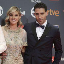 Miguel Ángel Silvestre y Amaia Salamanca en los Premios Platino 2017