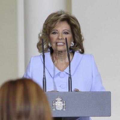 María Teresa Campos agradeciendo la Medalla de Oro al Mérito en el Trabajo