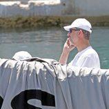 El Rey Felipe a bordo del Aifos preparándose para la Copa del Rey de Vela